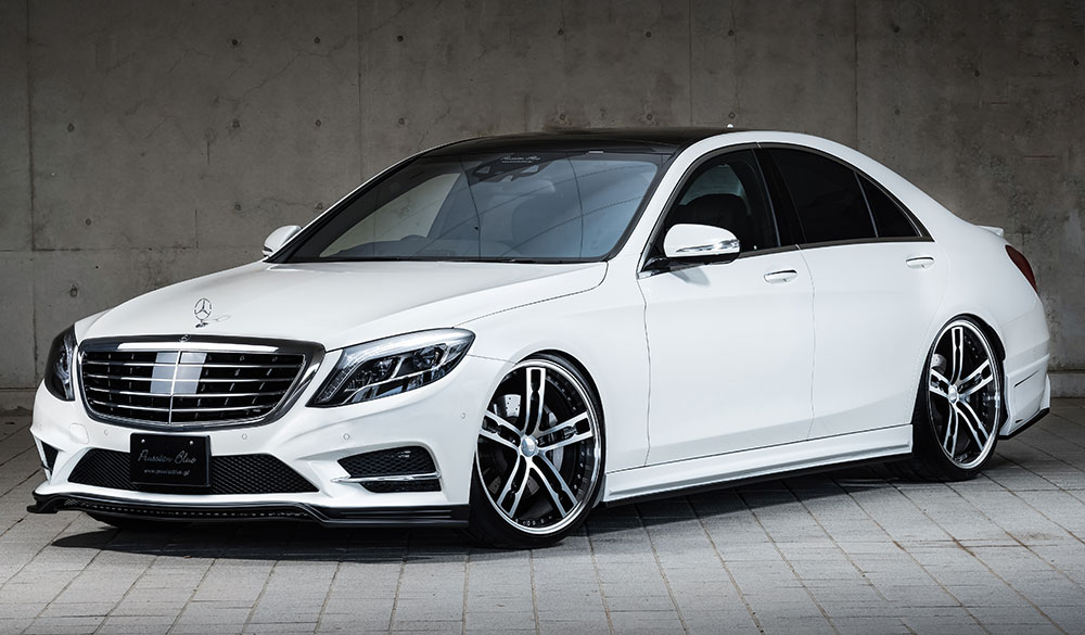 <strong>S-Class W222<br></strong><span>S300h AMG Line</span></strong>
